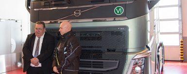 Den första Volvo FH
