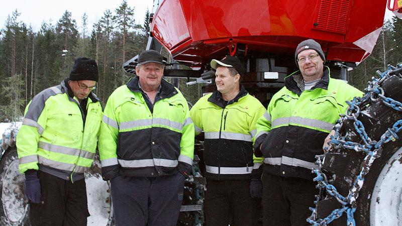 Gänget som trivs tillsammans, från vänster: Mats Westerberg, Erland Persson, Stefan Wiklund och Håkan Olsson.