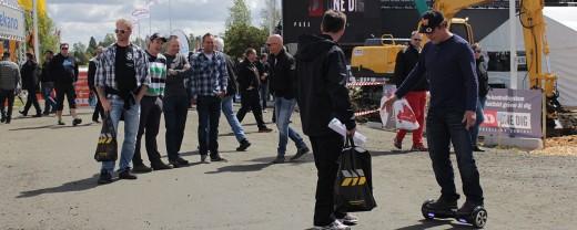Nu öppnar Nevs leveranscentrum för Saab bilar