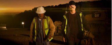 De rappar om en bulldozer