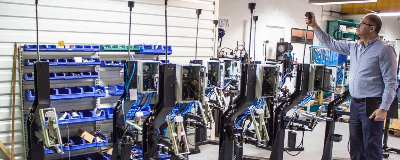 Då Microprecision sedan flera år tillbaka tillverkar egna dubbmaskiner har Rade Paunovic förstås tagit ställning för att dubbdäck är en viktig uppfinning.
