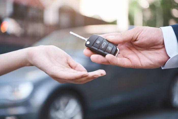 Nyregistrerade bilar ökade med knappt 107 procent i december