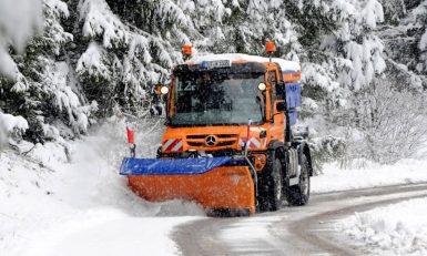 Nya snöröjningsbilar till Sverige