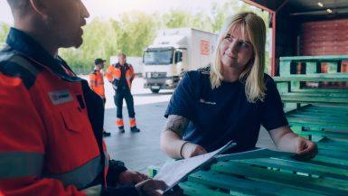DB Schenker utökar samarbetet med lokala åkerier