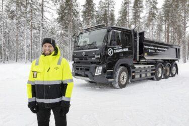 Eldriven tung lastbil utmanar arktiskt klimat