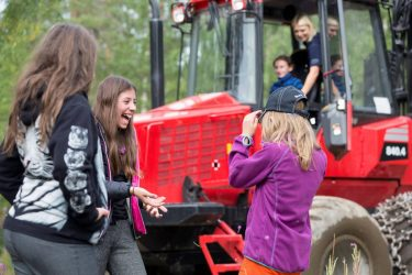 10000 kronor från Sveaskog hjälper lokala nordliga föreningar