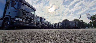 Försvaret förnyar – Scania levererar 200 lastbilar