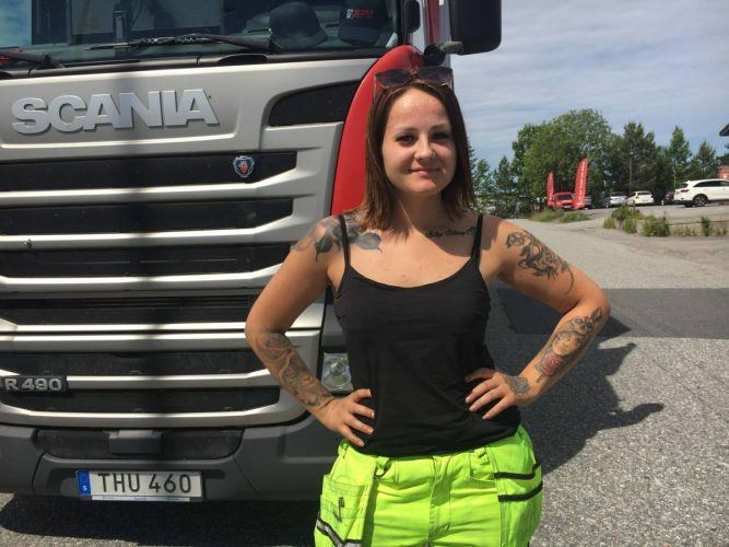 Populära Svenska Truckers lockar till chaufförsyrket